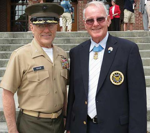 0604COMMUNITY-Medal-of-Honor-at-Riverside