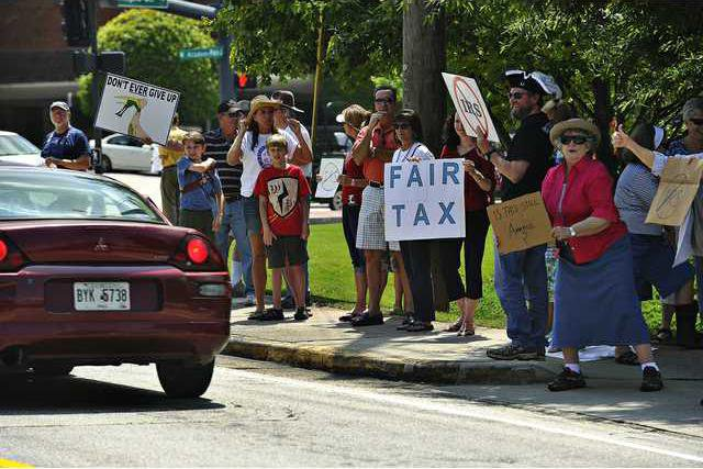 Local political group protests IRS focus - Gainesville Times