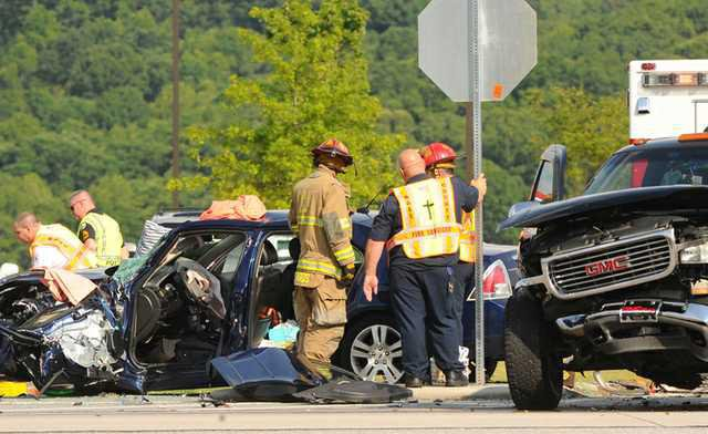 3 accidents slow traffic Friday on Ga  365 - Gainesville Times