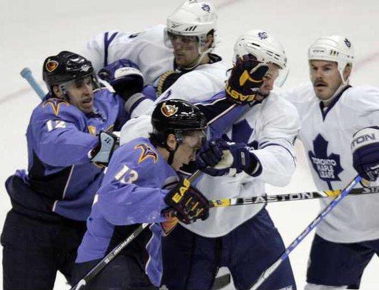Maple Leafs Thrashers Holl