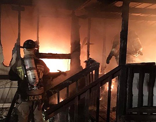 08312017 Mobile home fire