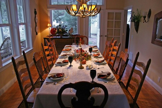 11192017 THANKSGIVING TABLE