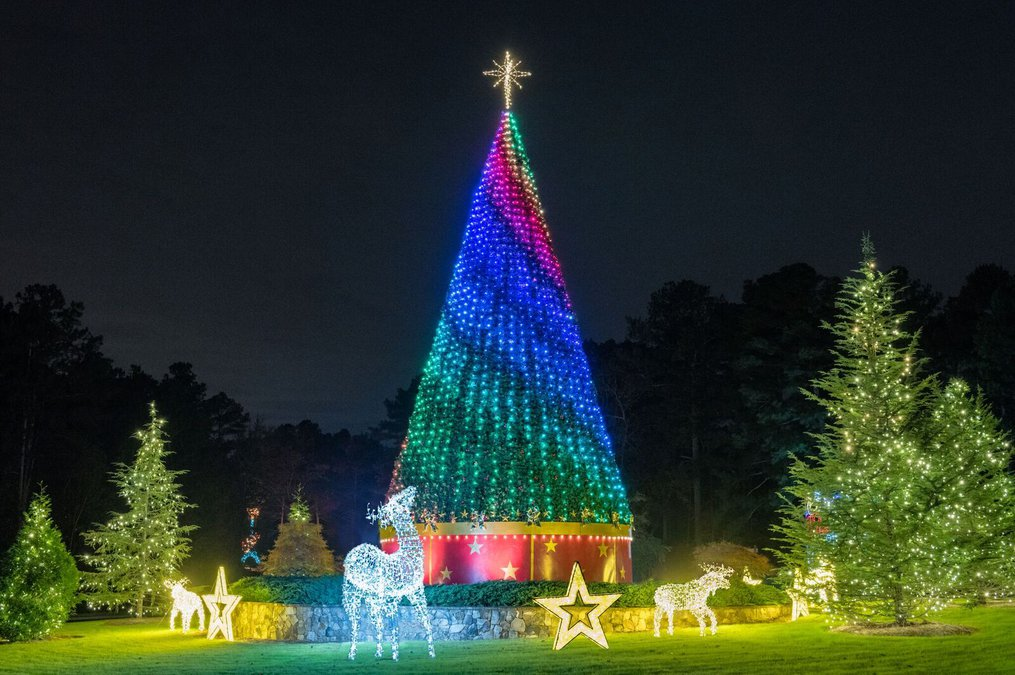 Lake Lanier Christmas Lights 2019 Steep discount for Magical Nights of Lights available this week
