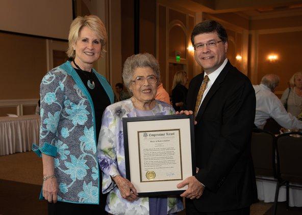 06122018 COMMUNITY NGHS Lorena Collins award
